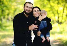 Джамала з чоловіком Бекіром і старшим сином Еміром