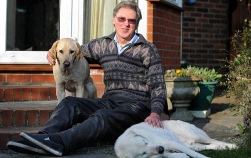 Британец и его собаки
