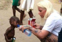 Женщина подарила мальчику вторую жизнь