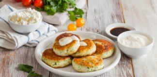 Рецепт соленых сырников с чесноком
