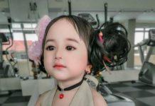 Дівчинка схожа на ляльку