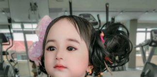 Девочка похожа на куклу