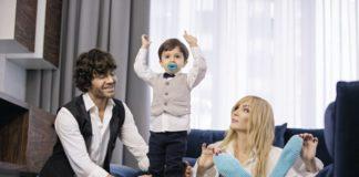 Ирина Билык с мужем Асланом и сыном Табризом