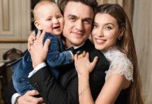 Регіна Тодоренко і Влад Топалов з сином Михайлом