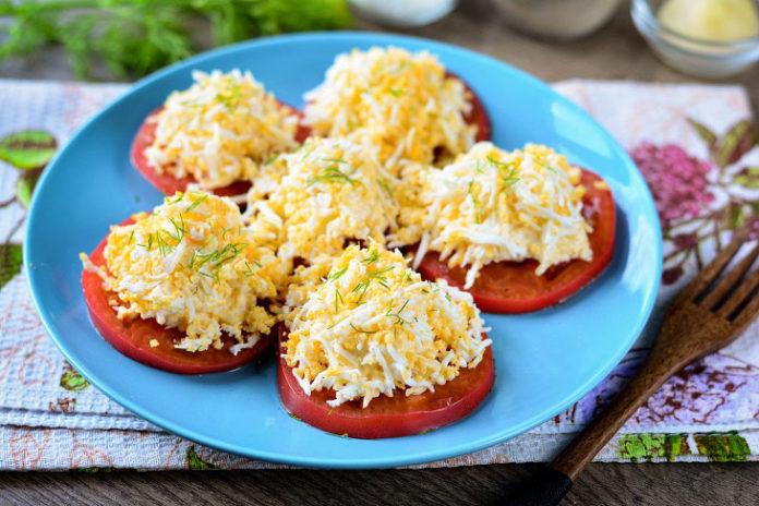 Швидка закуска з помідорів