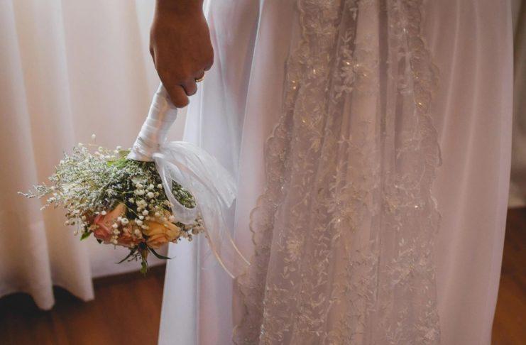 Женщина усыновила молодого 24-летнего парня, а через год стала его женой