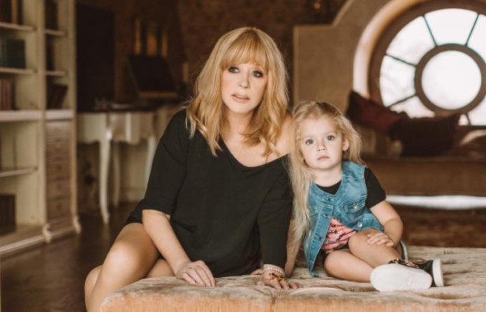 Алла Пугачова з дочкою Лізою