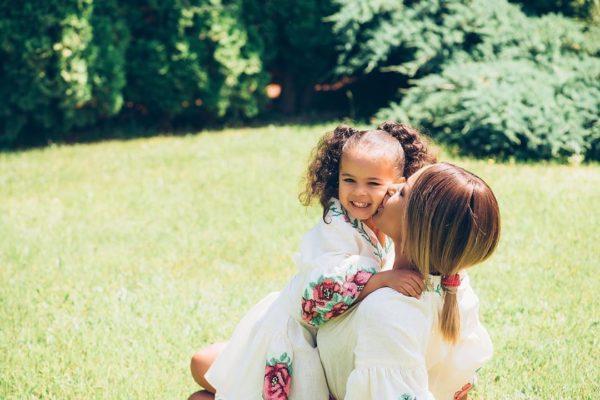 Гайтана вместе с дочкой