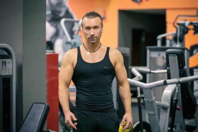 Олег Винник займається спортом