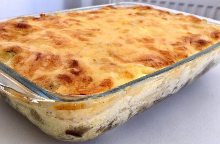 Картофельная запеканка с грибами, чесноком и сыром