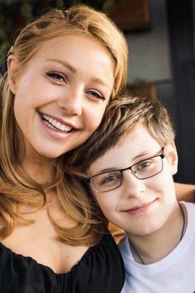 Тина Кароль и сын Вениамин