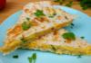 Блюдо из лаваша с сыром и яйцом