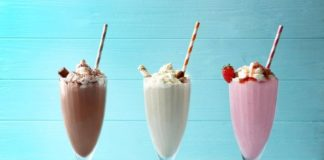 Готовим молочные коктейли в домашних условиях