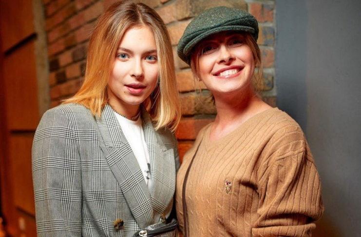 Елена Кравец с дочерью Машей