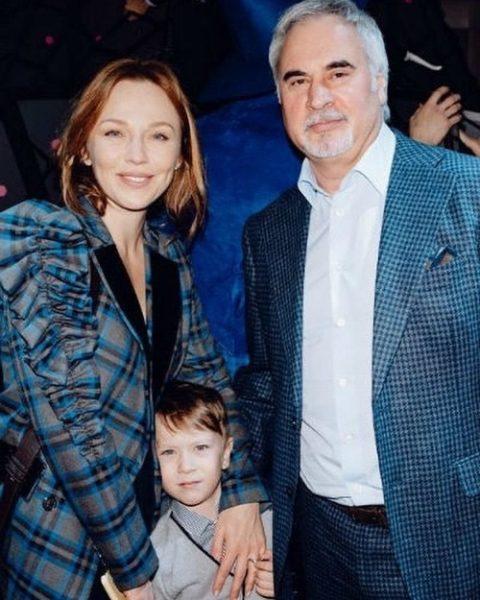 Альбина и Валерий с сыном Лукой