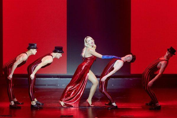 """Полякова вибрала ідеальне плаття для пісні """"Колишній"""""""