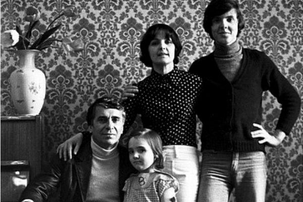 Ада Роговцева с мужем и детьми
