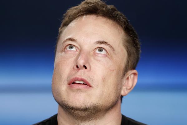 Илон Маск хочет нам внедрить нейроимпланты в мозг. Зачем, спрашивается?