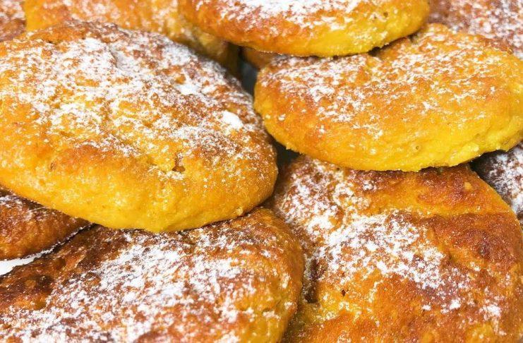 Домашнее печенье из творога, овсянки и с изюмом