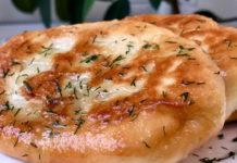 Домашні пиріжки з картоплею