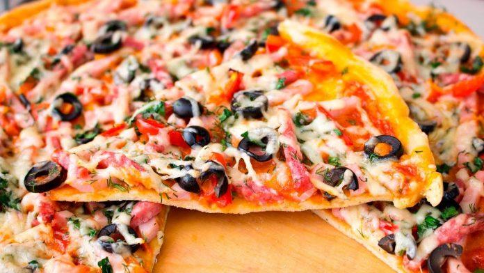 Найпростіше тісто для піци