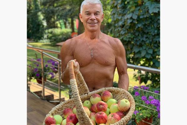 Олегу Газманову - 69 лет