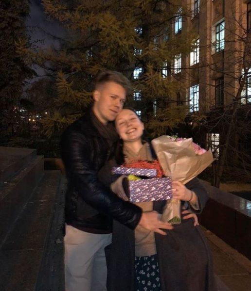 Екатерина Старшова со своим парнем; фото из ее личного блога
