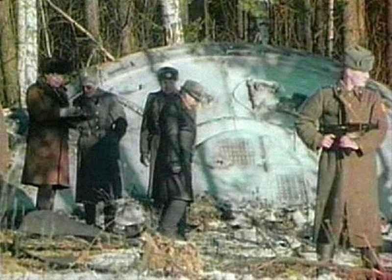 Кадры документального фильма, снятого спецслужбами, рассекреченные после развала СССР
