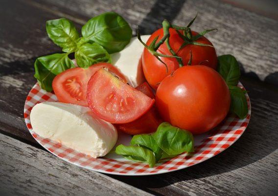 томатная диета и сыр