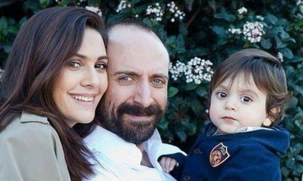 Халит Эргенч с женой и сыном