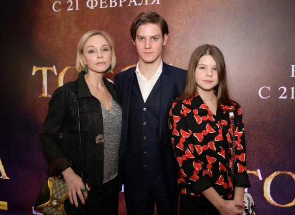 Марина Зудина с детьми от Олега Табакова