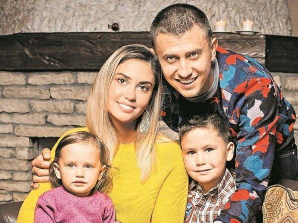 Семья Агаты Муцениеце до развода
