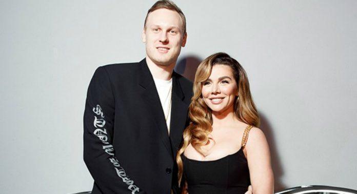 Анна Седокова і Яніс Тімма