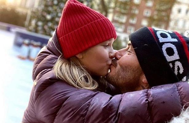 Поцелуи в губы - это имнимная сфера жизни каждого человека