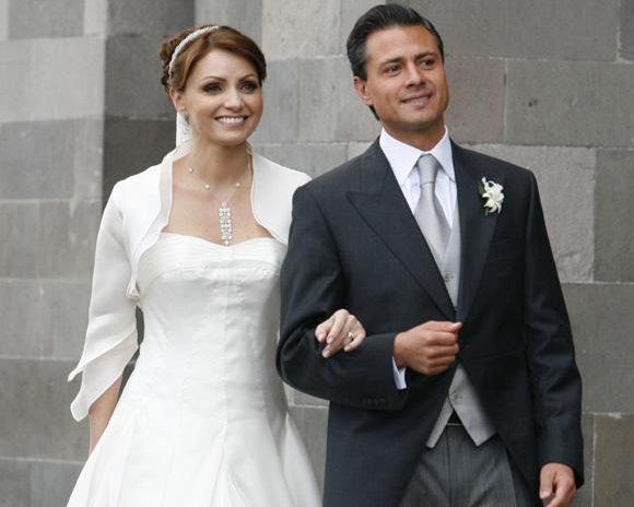 Анхелика Рівера з чоловіком