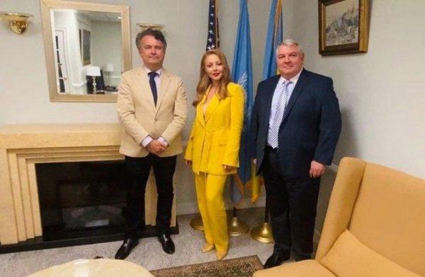 Тина в постоянном представительстве Украины при ООН