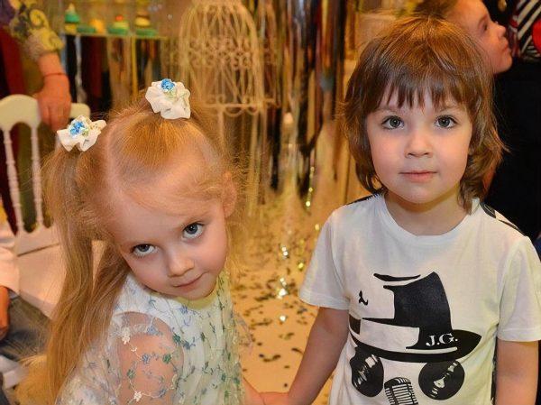 Ліза і Гаррі - діти Галкіна і Пугачової