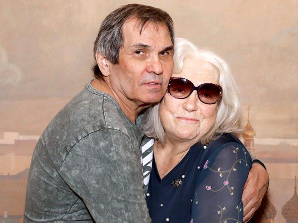 Бари Алибасов и его жена