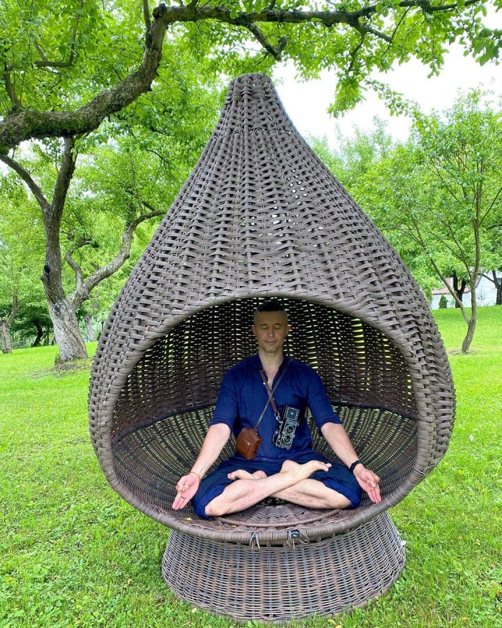 С тремя детьми надо медитировать, а что будет с 4-мя?