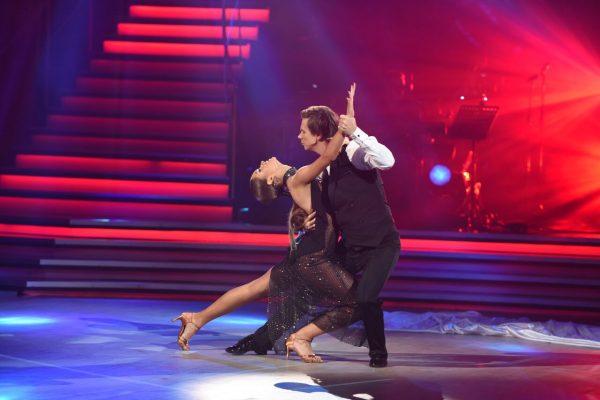 Дмитрий и Александра на паркете проекта «Танцы со звездами»