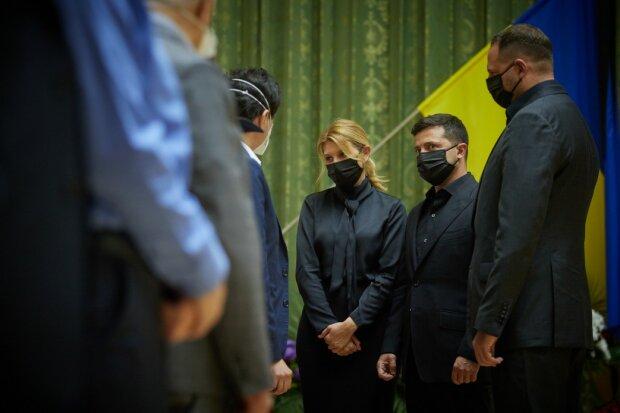 Олена і Володимир Зеленський на похоронах