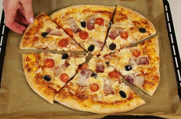 Несложный рецепт домашней пиццы