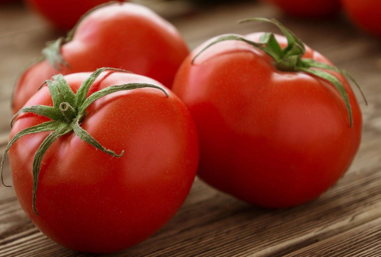 Желательно использовать помидоры среднего размера
