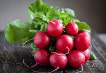 Салати з редиски корисні і смачні