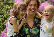 Максим Галкин с Лизой и Гарри