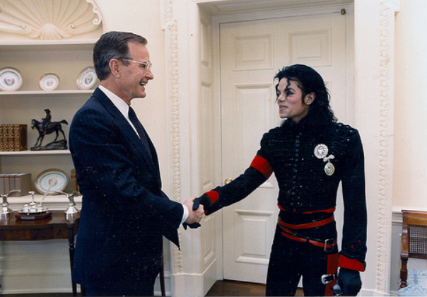 Майкл Джексон и Джордж Буш-старший