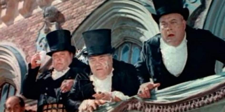 """Кадр из фильма """"Три толстяка"""""""
