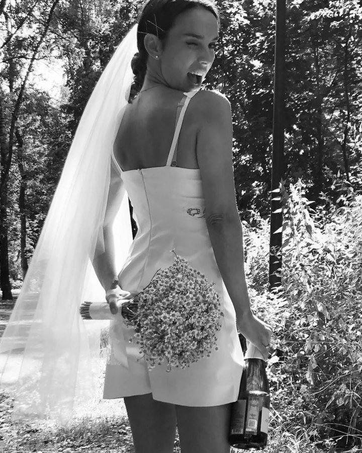 Весільне вбрання Юлії Зіміної