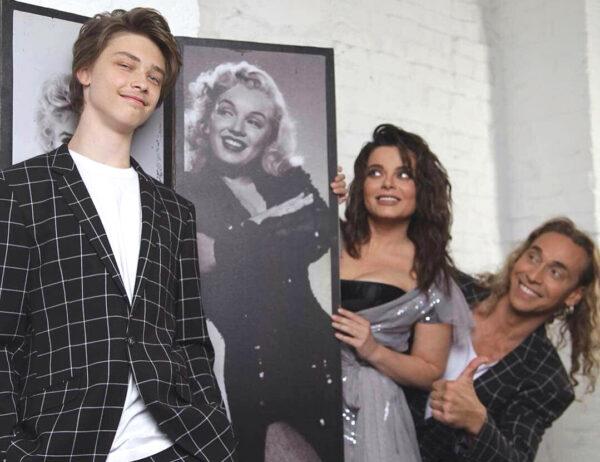 Архип Глушко с родителями Наташей Королевой и Тарзаном