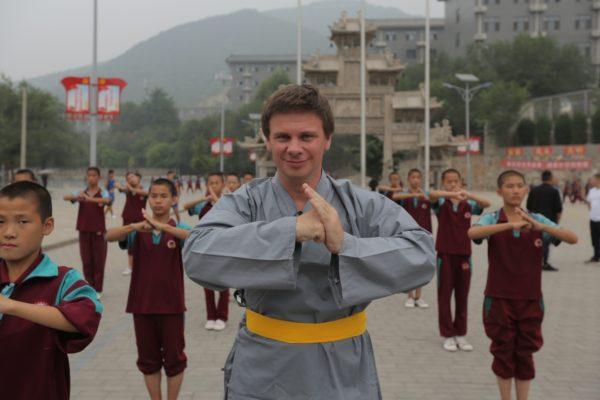 Дмитрий Комаров в Китае